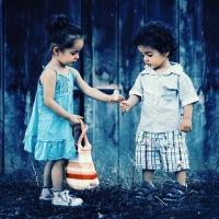 Sai perché i bambini litigano e poi fanno pace?